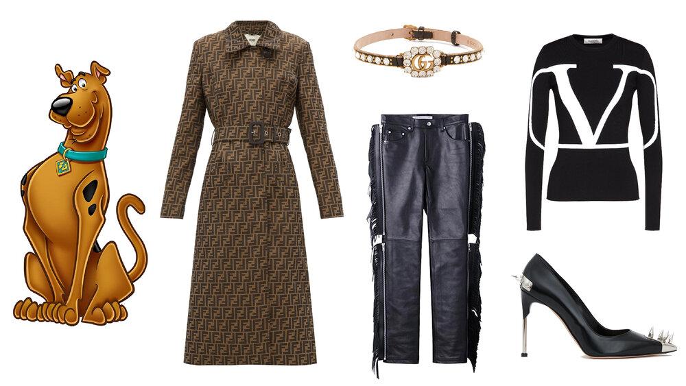 Gabardina: Fendi, Choker: Gucci, Pantalón, John Laurence Sullivan, Blusa: Valentino, Zapatos: Alexander McQueen.