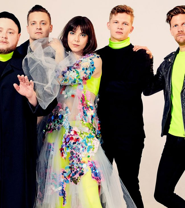 02-of-monsters-and-men-2019-cr-meredith-truax-billboard-1548-compressed